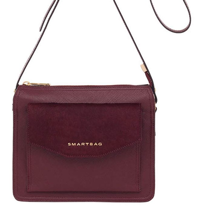 70030.16.01-bolsa-smartbag-couro-quadrada-transversal